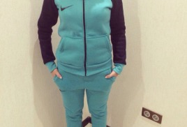 Химчистка спортивного костюма на флисе со скидкой 30% - 700 руб.